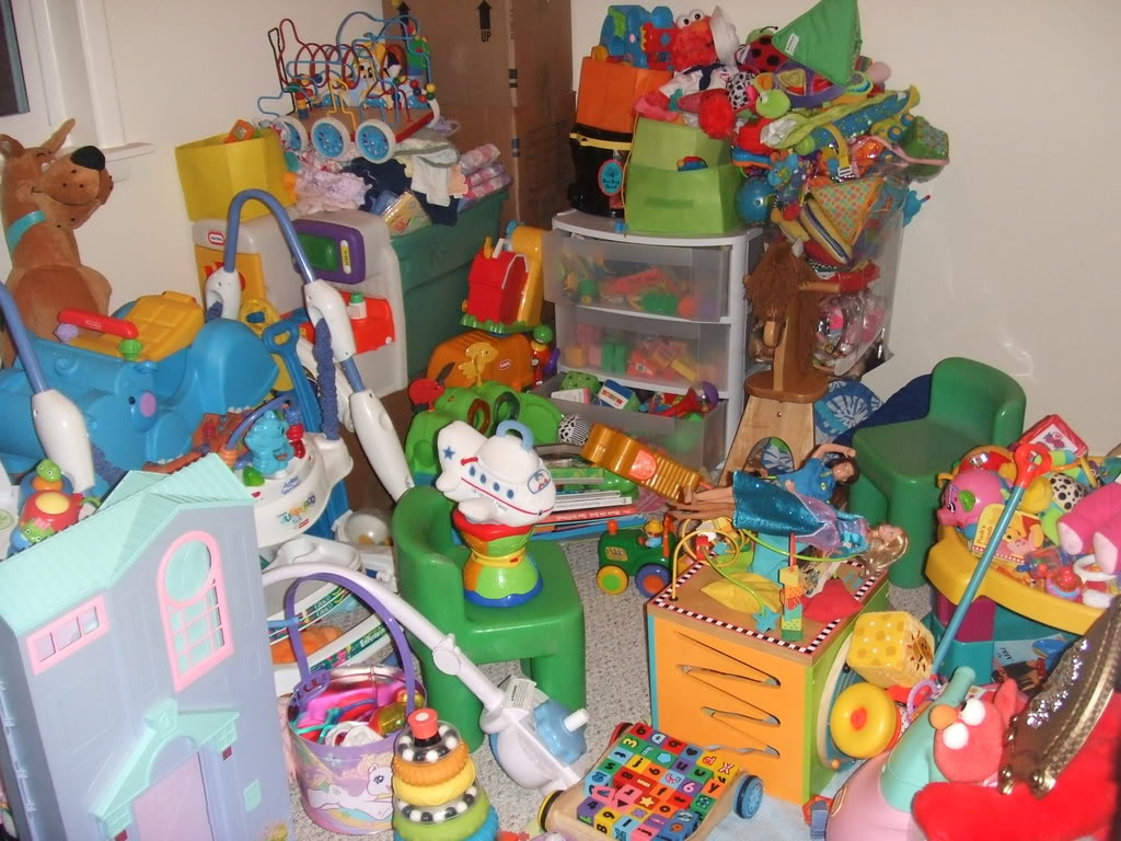Do Your Kids Have Too Many Toys Move The Mess
